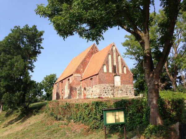 Kirche von Neuenkirchen Rückansicht