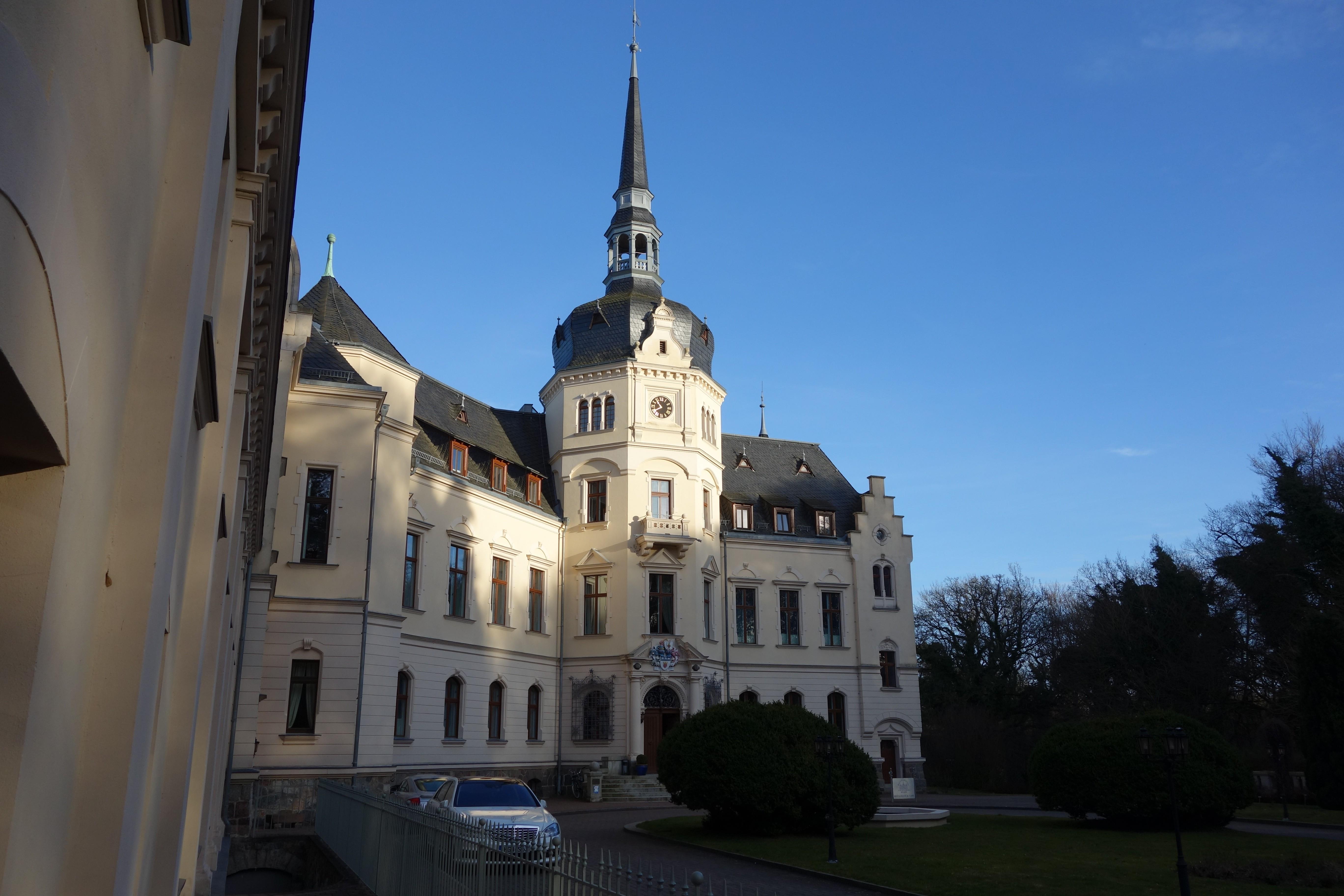 Schloss Ralswiek Eingang auf der Rückseite